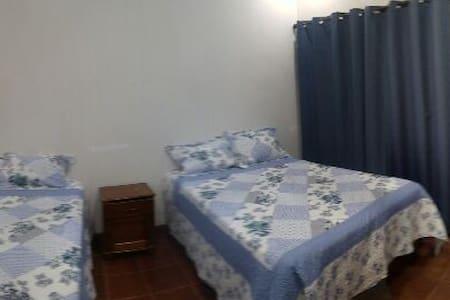 VE 5 - Guatemala-Stadt