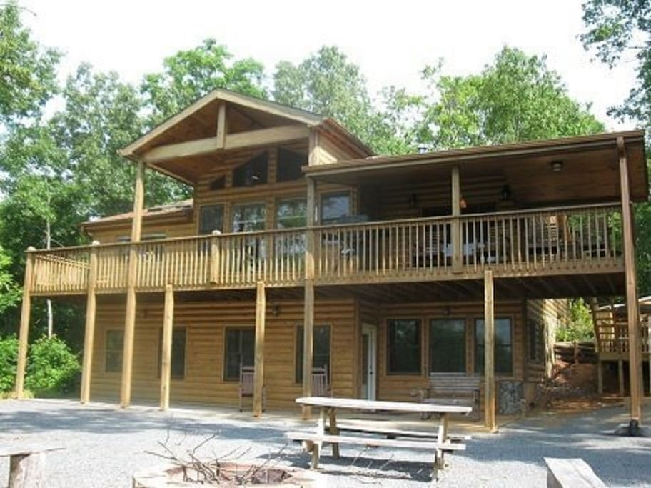 Denali blue ridge ga cabins for rent in blue ridge for Large cabin rentals north georgia