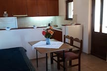 "Rental furnished apartments ""Kalithea"""