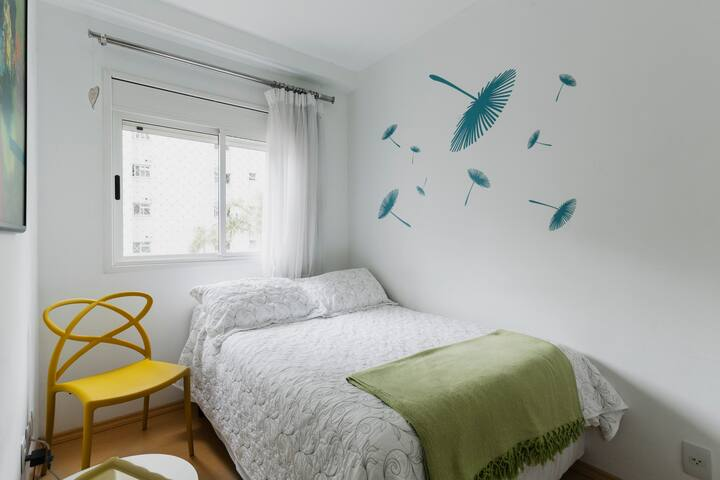 Bedroom at nice apto, 2 blocks from paulista av.