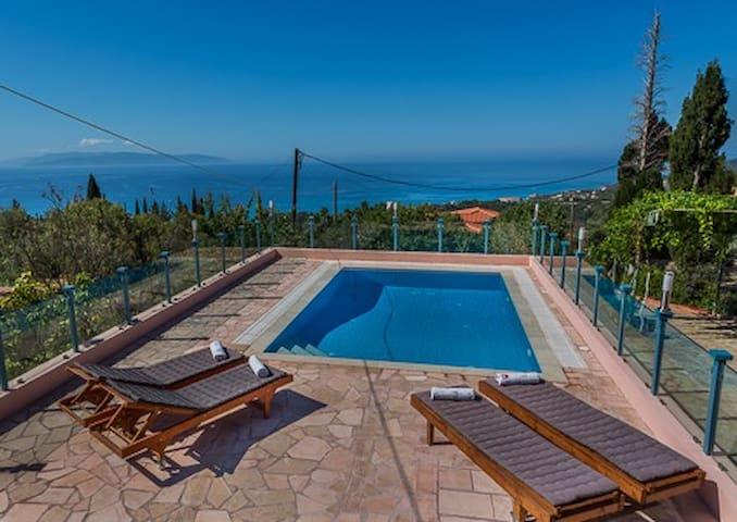 ANNA'S VILLA - Private pool & Playground