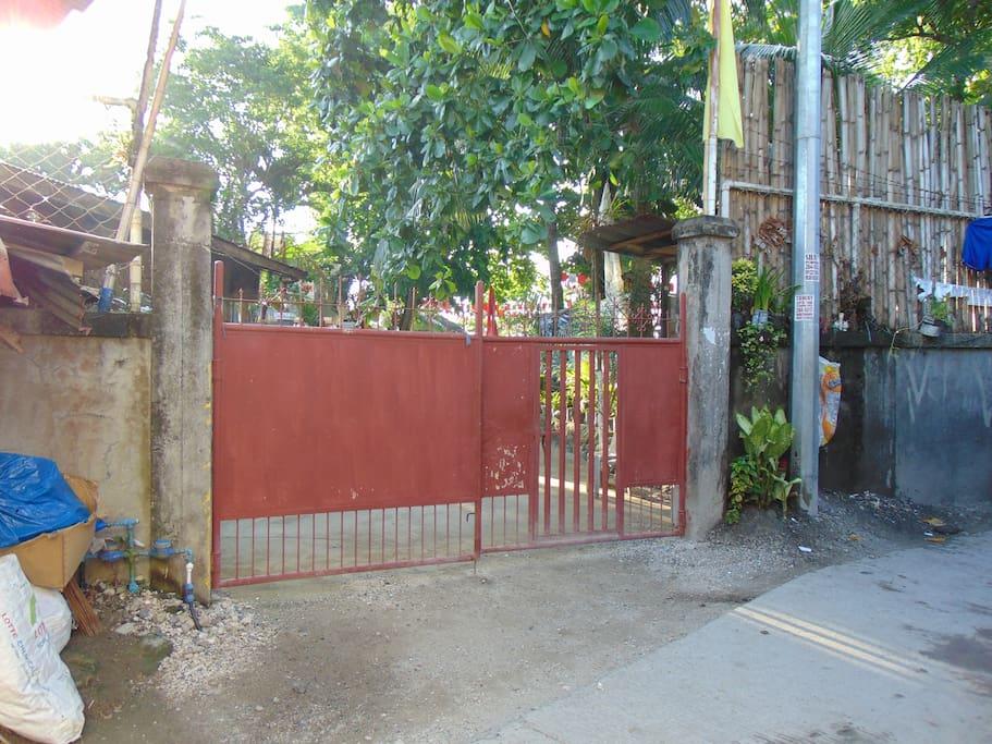 1st Gate