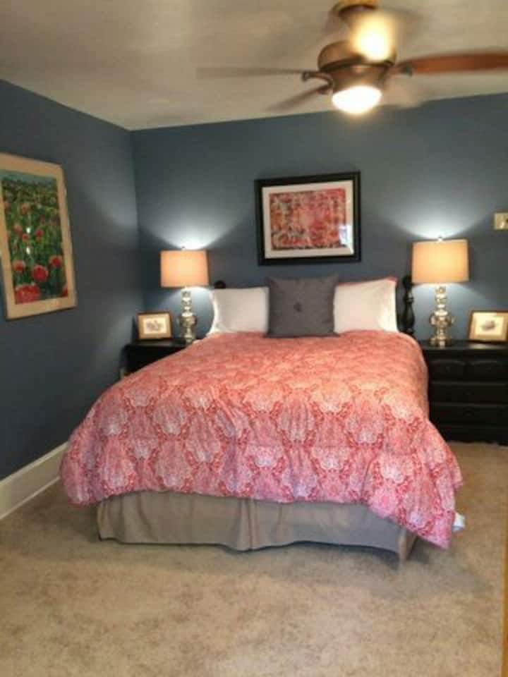 Suite - near Pittsburgh and Airport