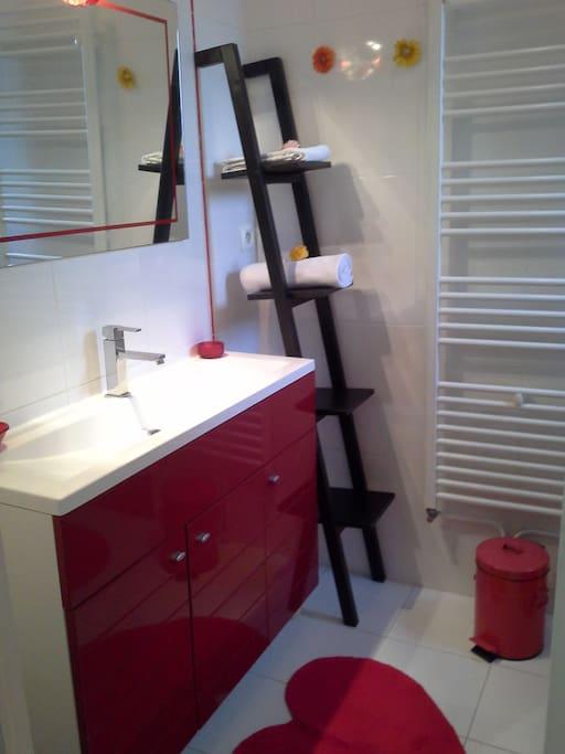 Salle de bain et WC privatifs.