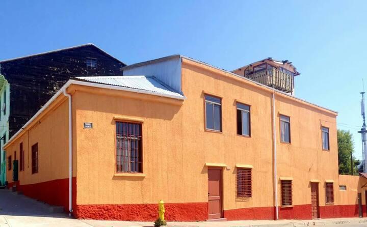 """Loft 3 personas Valparaíso """"Casa Naranja"""""""