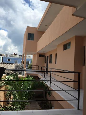 Depto. céntrico de 1 habitación - Campeche - Apartamento