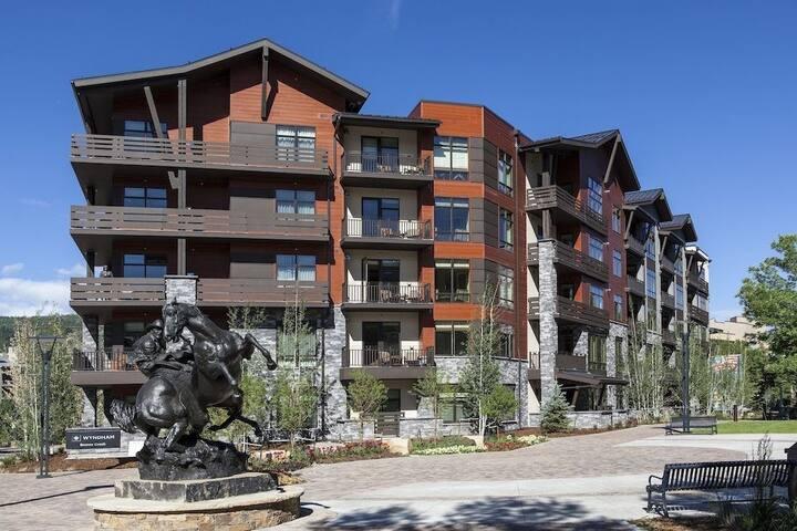 Wyndham 2 BR Exclusive Resort at Avon