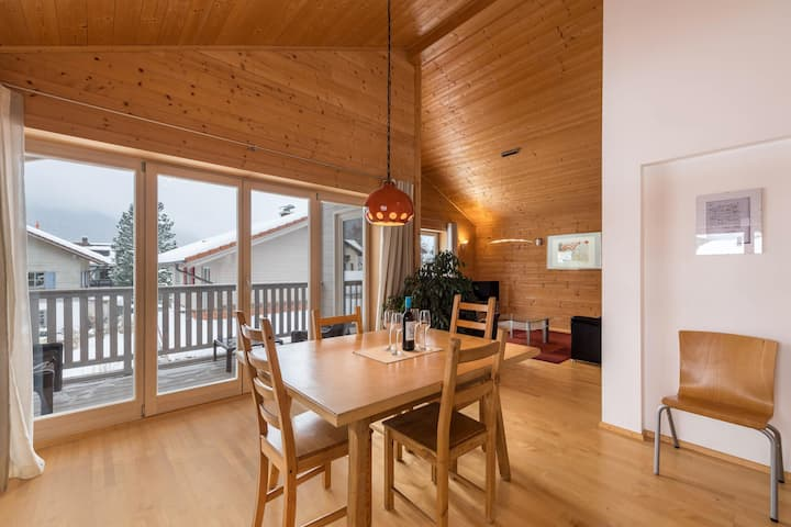 "Child-Friendly Holiday Home ""Ferienhaus Daisenberger"" with Mountain View, Wi-Fi, Balcony, Garden & Terrace; Parking Available"