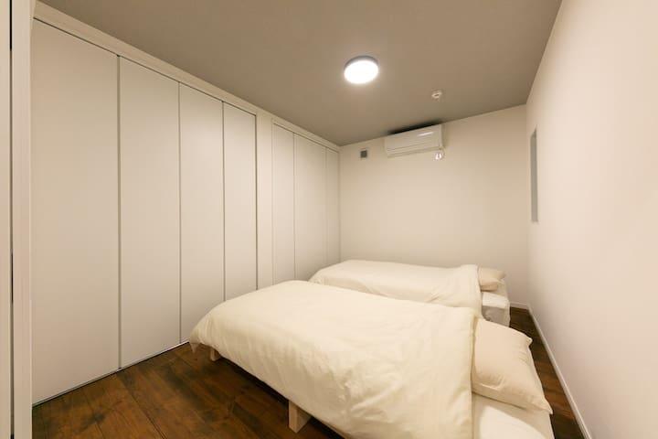 シングルベッド 2台