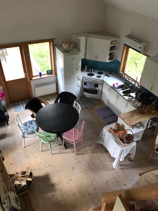 Open plan kitchen with extendable dining table