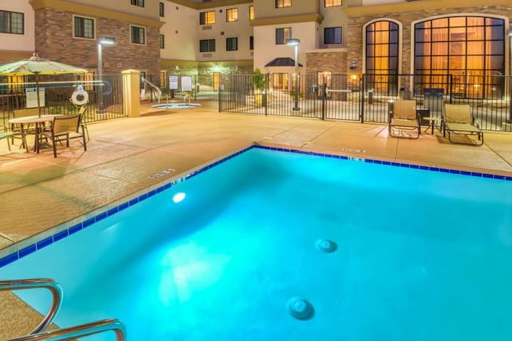 RARE FIND! TWO 2BR/2BA SUITES, BREAKFAST, POOL