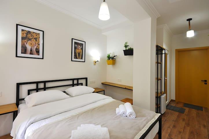 Спальная , все для вашего удобство и спокойствие - Bedroom- there is everything for your convenience and quietness.