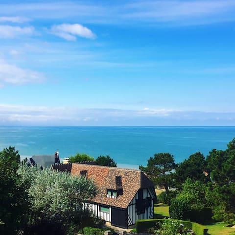Appartement cosy et balcon vue mer