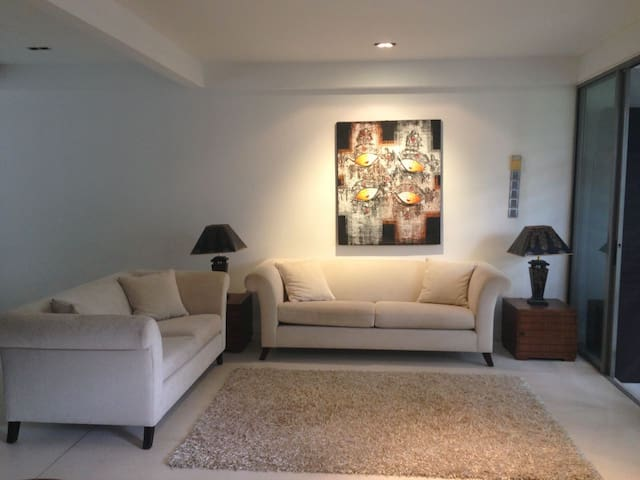 Private Home in choice location - Kuala Lumpur - House