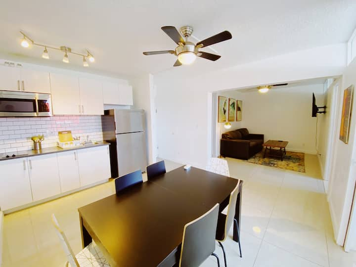 Comfortable 2 bedroom APT in the Heart of Miami