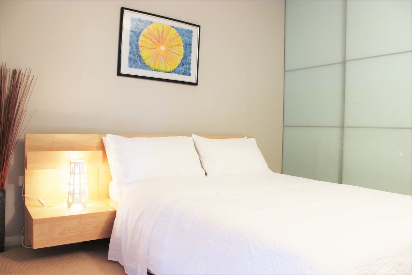 Your beautiful and peaceful room, perfect for one or two. Fast WiFi included and your private Bathroom.