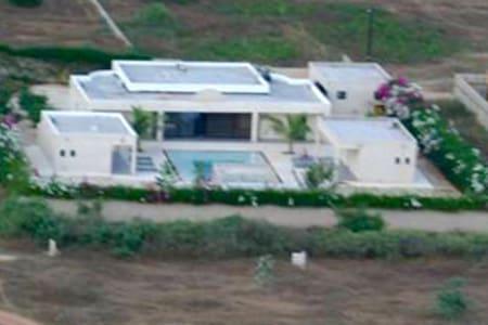 Loue Magnifique villa piscine - Somone