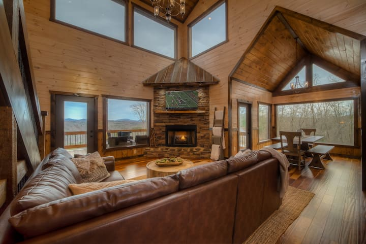 Chase Mountain Lodge- *Risk Free Booking!*