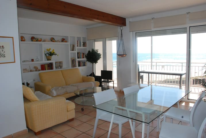 Apartamento ideal 1 linea de playa. - Sueca - Apartment