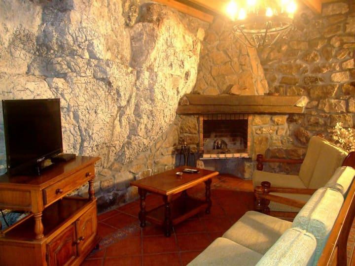 Las Casucas de Asón - Casa Rural 2 Dormitorios