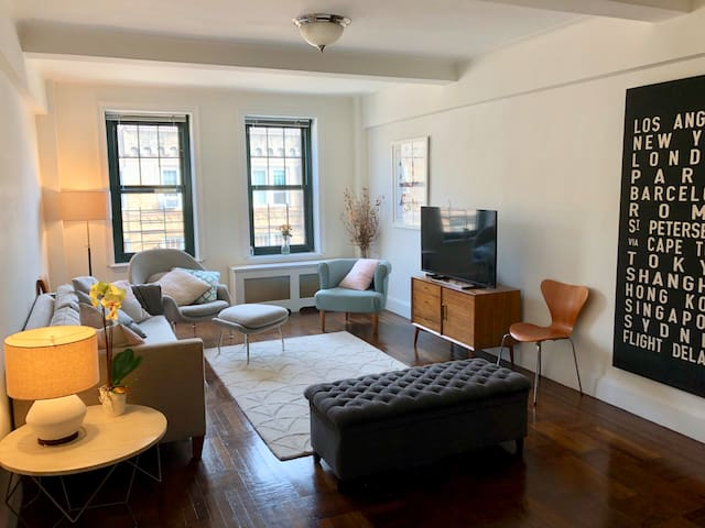 Beautiful 2BR Apartment in the heart of the UWS