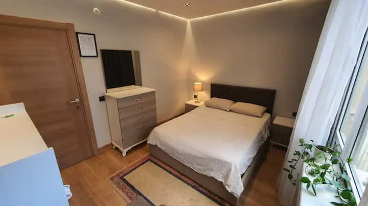 Brand New Room in the city centre