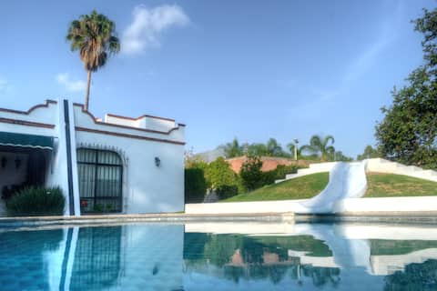 ☀ Colonial Oasis Villa w/Pool & Grill🌴