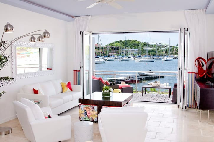 Townhouse Corinne - Ideal for Couples and Families, Beautiful Pool and Beach - Dawn Beach