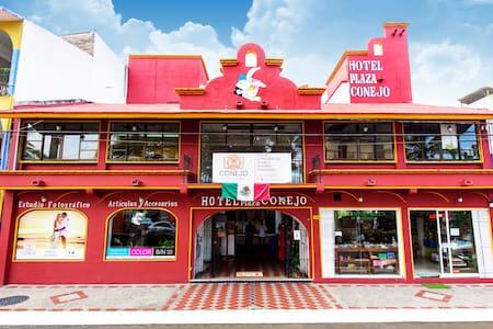 Hotel Plaza Conejo te espera. - Santa Marìa Huatulco
