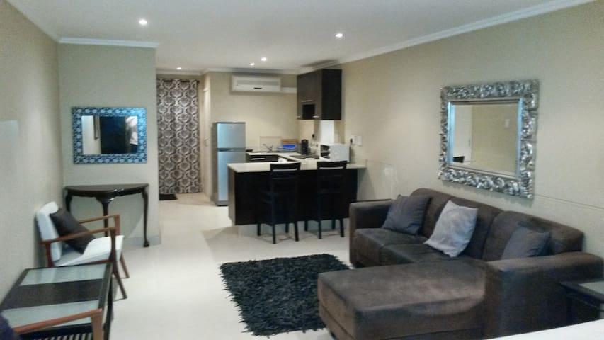 Self catering Studio penthouse  in Umhlanga Ridge