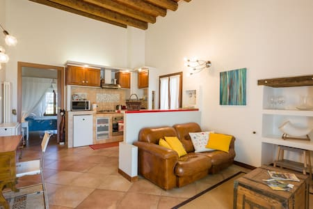 Romantic apartmen  in renovated old - belfiore
