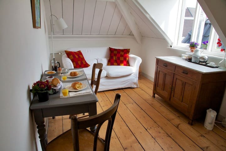 Second room where we serve optional breakfast and offers extra bed for child.