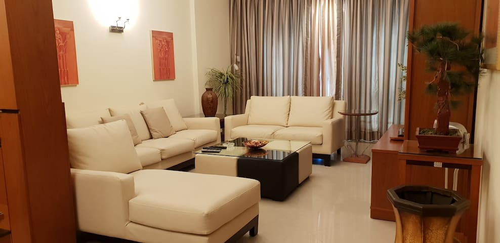 2-BHK Fully Furnished Luxury Apartment in Juffair