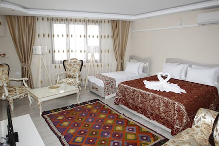 EPHESUS PALACE - Selçuk - Bed & Breakfast
