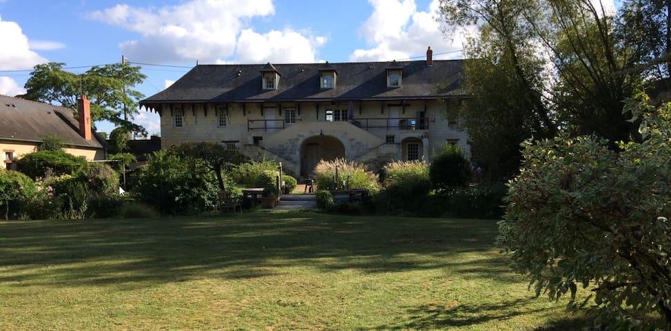 longère & dépendance - 7 lits - vue parc & Loire
