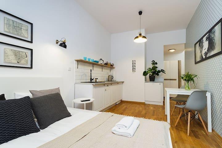 4 Rzeszowska Street / Studio with balcony