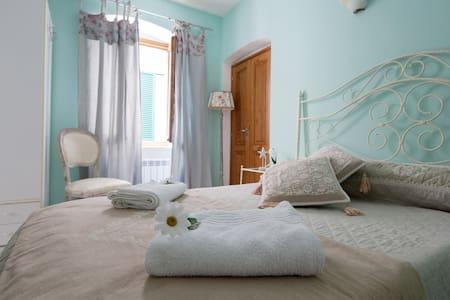 Appartamento nell'antico borgo - 莱里奇 - 公寓