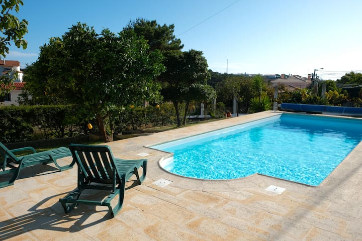 Calm Village Home w/Pool &Terrace 5min to Ericeira
