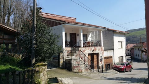 CORCEDU HOUSE, little village  the PICOS DE EUROPA