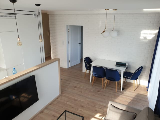 Modern 2bedroom apartment(weekly/monthly discount)