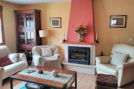 Casa con encanto en Requena - Los Ruices - Natur-Lodge