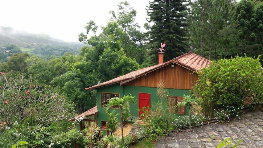 Luxuoso refúgio rural nas montanhas