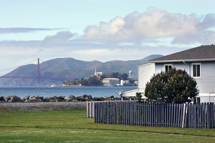Amazing View & Free Private Parking! - San Francisco - Adosado