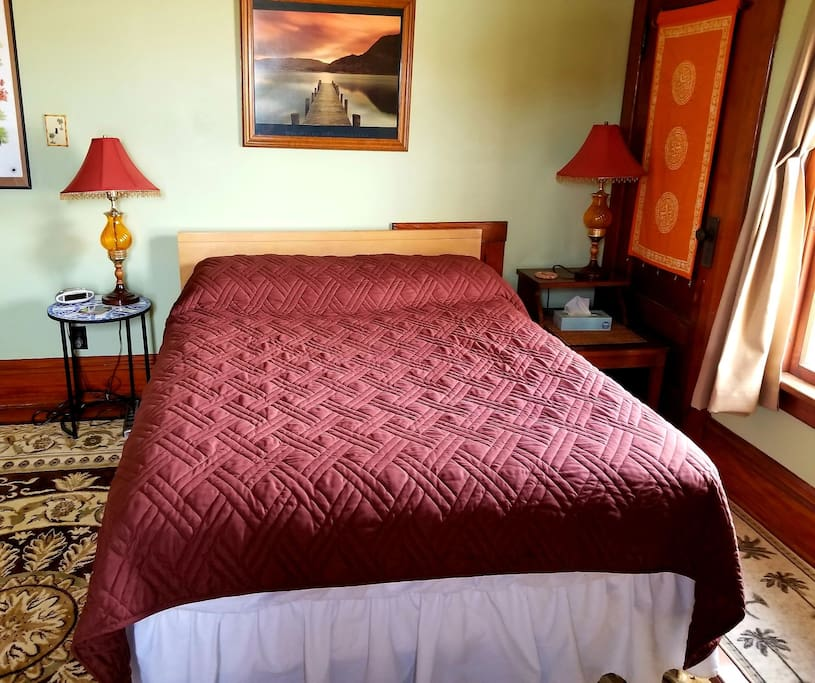 Full size Guest Room