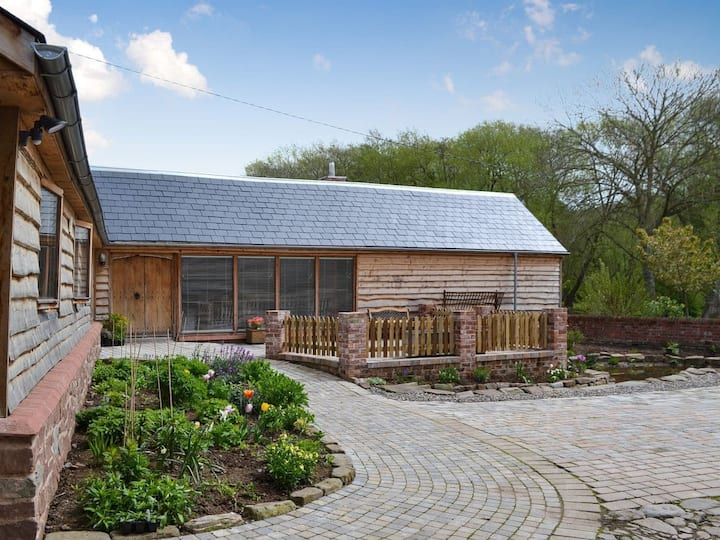 The Cart Shed (UKC3416)