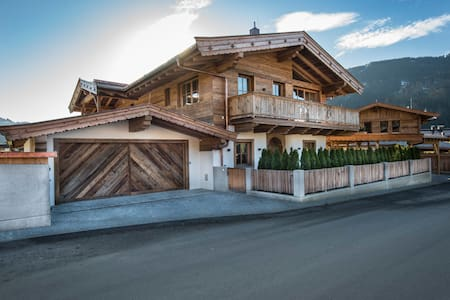 Luxus-Chalet am Seebach in Reith bei Kitzbühel - Reith bei Kitzbühel