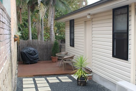 Self contained Cottage in Dee Why - Dee Why - Appartement
