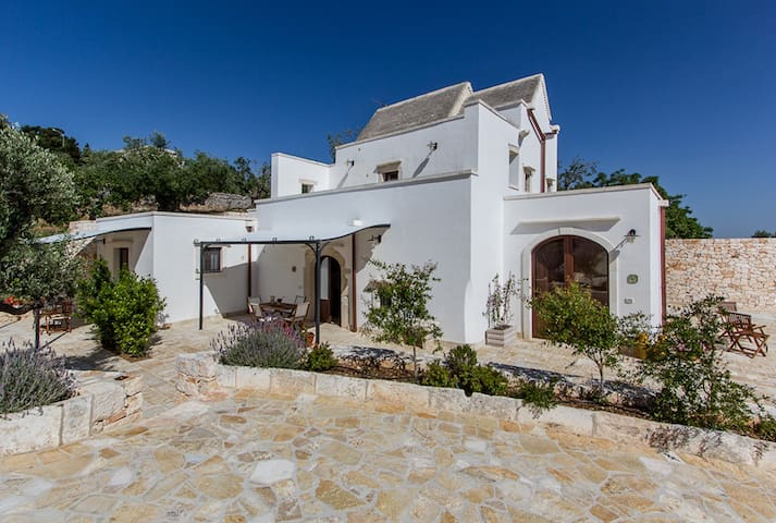 Farmhouse in olive grove with pool - Martina Franca  - Lejlighed