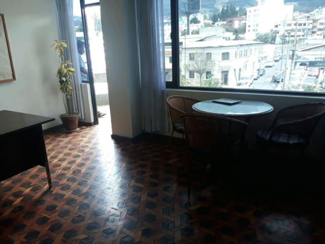 Apartamento en el  centro de negocios de  Quito