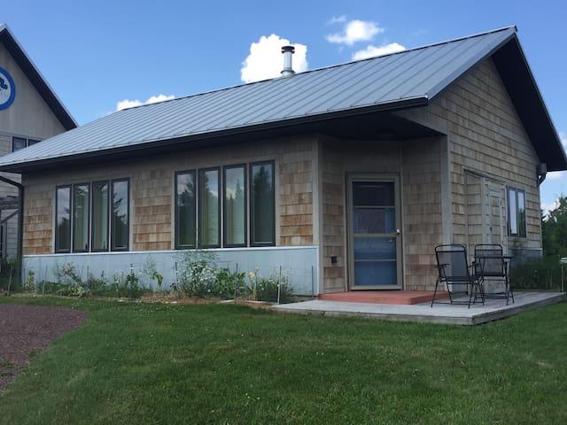 Blåbær-li Guest house